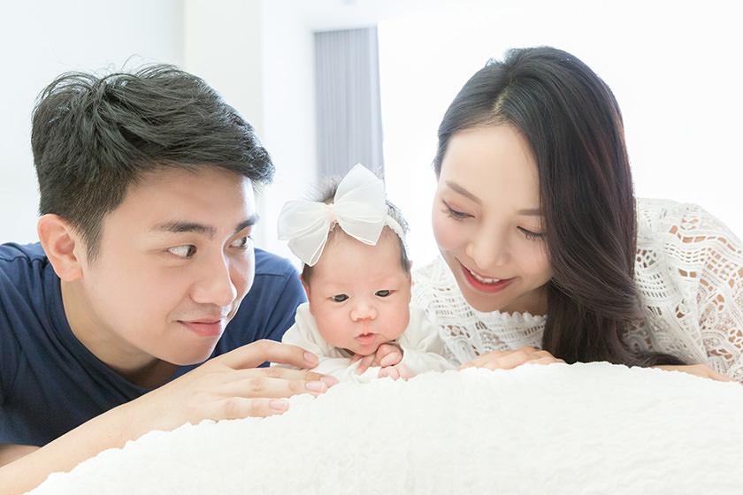 【新生兒寫真】潘朵拉專業兒童攝影~我們的第一次幸福全家福
