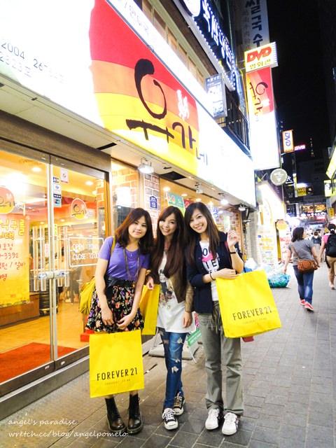 ▌旅遊 ▌首爾你好! 這次是充滿雞的美食之旅,陳玉華奶奶一隻雞+明洞辣炒雞