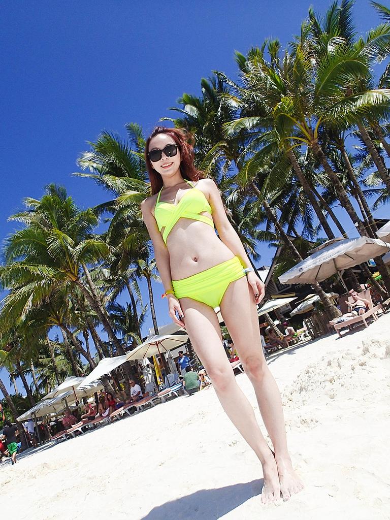 bikinisP2270337-005